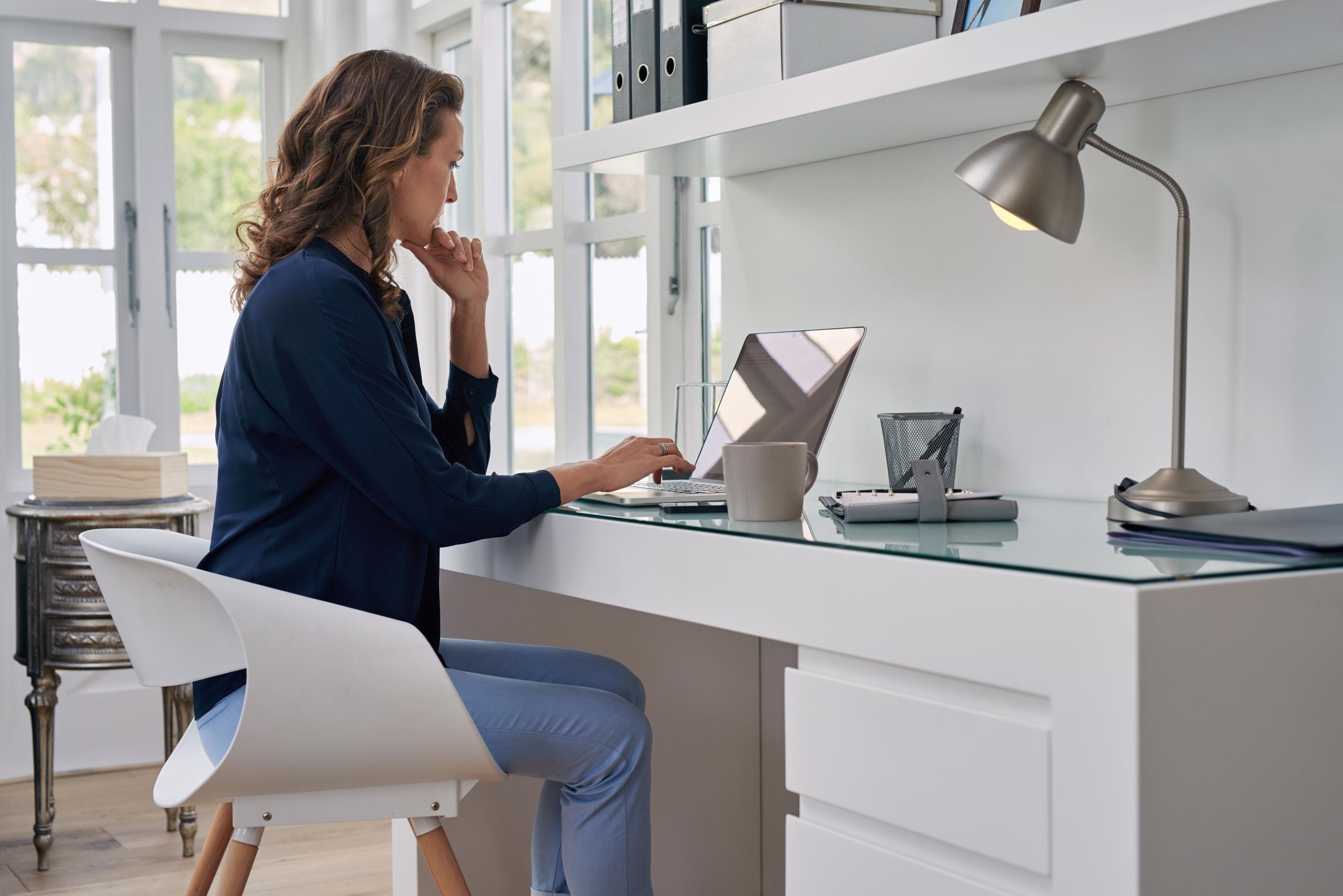 Confira 5 móveis para montar o home office